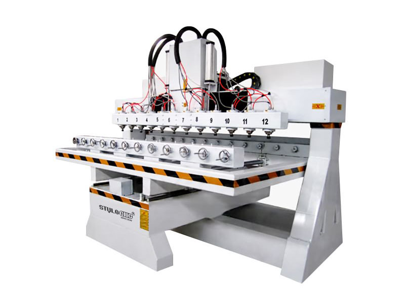 Multi Heads CNC Router with Rotary Axis for 3D Carving